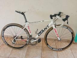 Vendo/troco por MTB msm valor Bicicleta Giant SCR<br> Shimano Sora