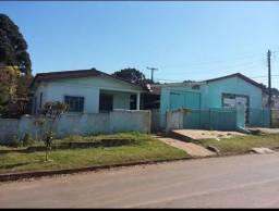 ? Casa com barracão lote de esquina em Ortigueira PR
