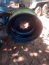 Vendo duas rodas pneus 23.1.30