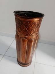 Vaso antigo de cobre