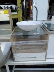 Gabinete de banheiro com espelheira