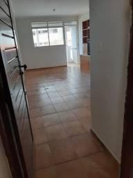 Amplo apartamento em Tambaú