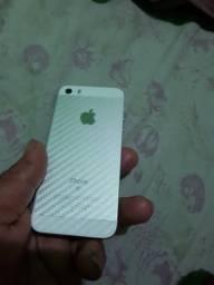 IPhone se 16 com acessórios