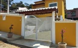 Excelente casa de 1ª Locação, no Rio do Ouro segurança 24h.