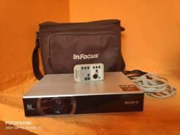 Projetor Sony + Tela projeção 100 Pol