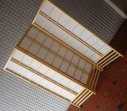 Biombos de madeira e papel arroz em Tiete-SP