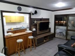 Apartamento de dois dormitórios em ótima localização em Torres
