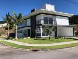 Casa de Alto Padrão, Condomínio Fechado Parque da Pedra, 325m²