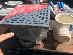Caixa coletora de água pluvial