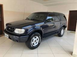 Ford Explorer Limited 2001 V8