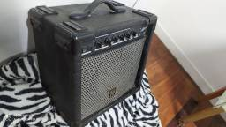 Vendo Caixa amplificadora de guitarra Staner KUTE 20