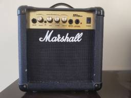 Amplificador Marshall MG10-CD