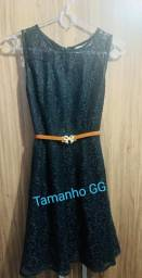 Vestido de renda GG