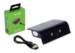 Bateria E Cabo Carregador Controle Xbox One S X Charge Play