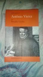 """Livro seminovo """"Antônio Vieira"""""""