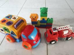 Vendo esses kit de brinquedos