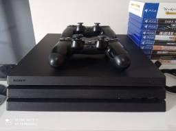 Playstation 4 PRO com 2 controles e 10 jogos