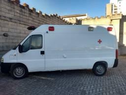 Ambulância UTI