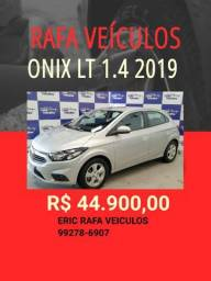 SABADOU!!!! ONIX LT 1.4 2019 R$ 44.900,00 - ERIC RAFA VEICULOS