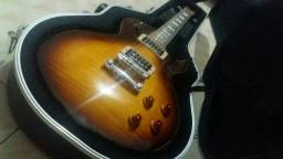 Guitarra Cort CR equipada com captadores Seymour Duncan sh 4e sh 2,com case gator.