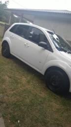 Fiesta hatch 1.0 2014