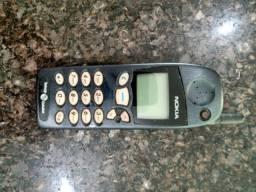 Aparelho celular antigo