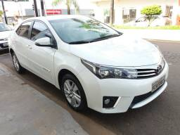Toyota Corolla 1.8 GLI 16v FLEX 4p automatico ano 2017 branco perolizado