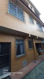 Imobiliária Nova Aliança!!! Vende Ótima Casa de Vila a 50 Metros da Praça de Muriqui