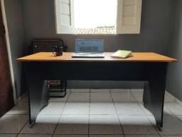 Mesa Trabalho/Estudos