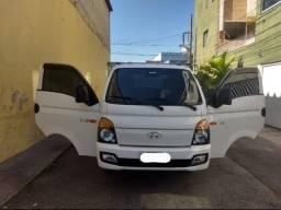 Hyundai HR 2.5 .