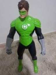 Boneco lanterna Verde semi novo...pra vim buscar 60