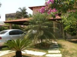 Casa em Buraquinho, 380m², 3/4. Opotunidade