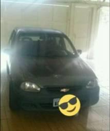 Vendo corsa 4 portas 3.000 reais