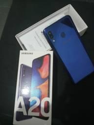 Samsung A20 R$ 900,00