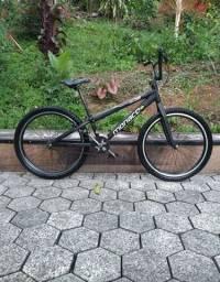 Bicicleta aro 24 monaco
