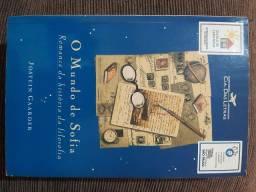 """Livro """" O mundo de Sofia"""""""