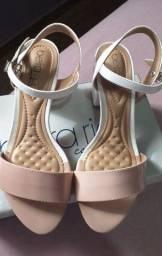 Vendo sandálias da marca Beira Rio
