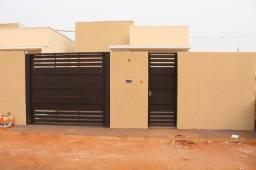 Casa a venda em Três Lagoas- MS, no Bairro Ipe, 02 dormitórios