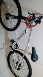 Bike aro 29  vendo ou troco por aro 26 com volta com nota.