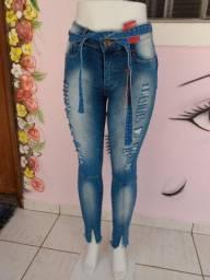 Vendo calças jeans skinny 40 reais