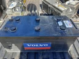 Bateria de Caminhao 180 Amperes Volvo 3 Meses de Garantia Leia o Anuncio