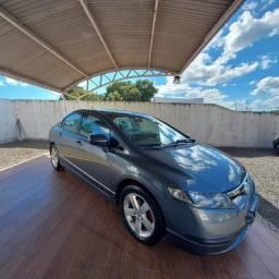Civic LX 1.8 Aut 4p