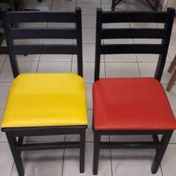Título do anúncio: Cadeira Fixa Madeira Maciça