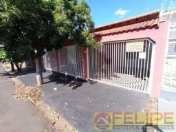 Casa à Venda no Jardim Santa Fé, c/ 04 qtos!!!! Ourinhos/SP
