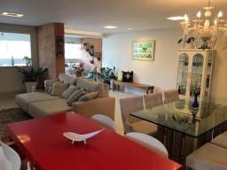 Apartamento 4 quartos, alto padrão em localidade nobre de Praia da Costa
