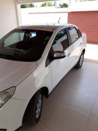 Fiat Grand Siena 1.4 attractive muito novo - 2013