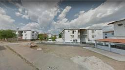 Conjunto Emílio Falcao: apartamento reformado, de 2 quartos (Cristo Rei)
