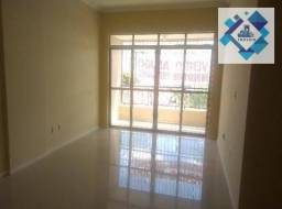 Apartamento no 3º andar, varanda, ampla sala em L, bairro jacarecanga.