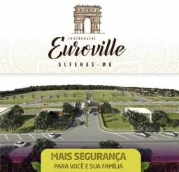 Lote no condomínio fechado Euro Ville em Alfenas MG financiado entrada e mais Parcelas