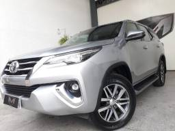 Toyota Hilux SW4 2.8 Srx 4x4 16V 7L TB 2017/2018 Prata - 2018